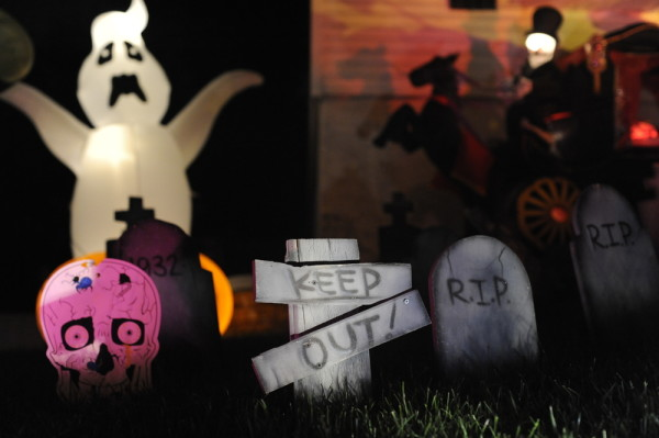 Halloween Lawn Decoration