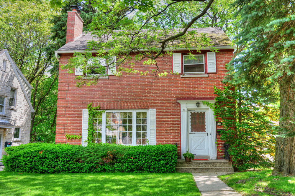 home for sale in milwaukee, wi houses under 200K