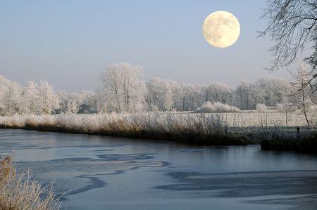 Full Moon - December