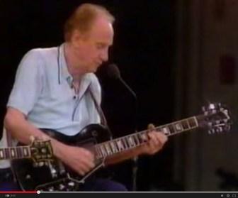 "Les Paul, at the 1985 ""Jersey Jazz Guitars"" concert."