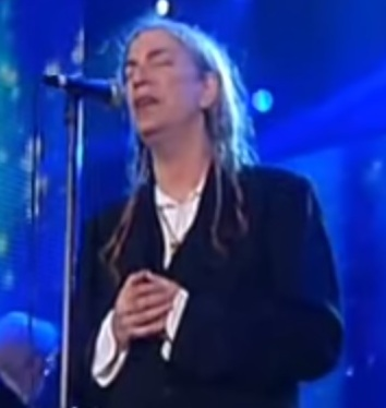 "Patti Smith sings ""O Holy Night."""