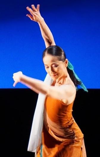 """Nai-Ni Chen dances in """"Mirage."""""""