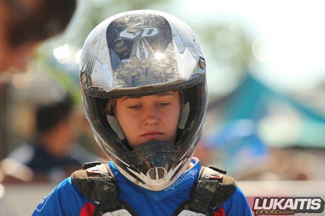 emma hepler faces at the races