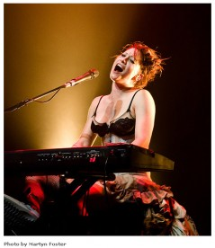Amanda Palmer, tritter works better than a label