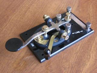 J38 Telgraf Anahtarı