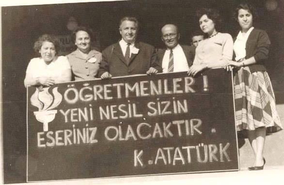Atatürk'ün Öğretmenler İçin Söylediği Söz