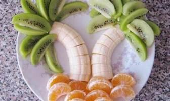 Palmiye Şekilli Meyve Salatası Tarifi