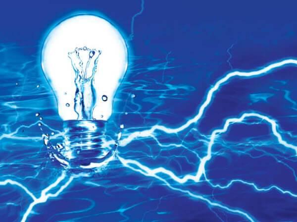 Su Elektriği İletir Mi? Su İletken Midir? Yalıtkan Mıdır? Peki Ya Saf Su?