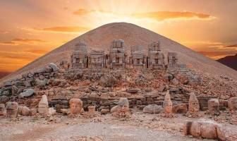 Nemrut Dağı Tümülüsü