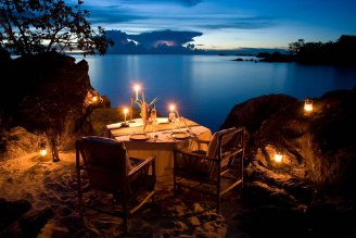 dining-16-Private-dinner-at-chalet