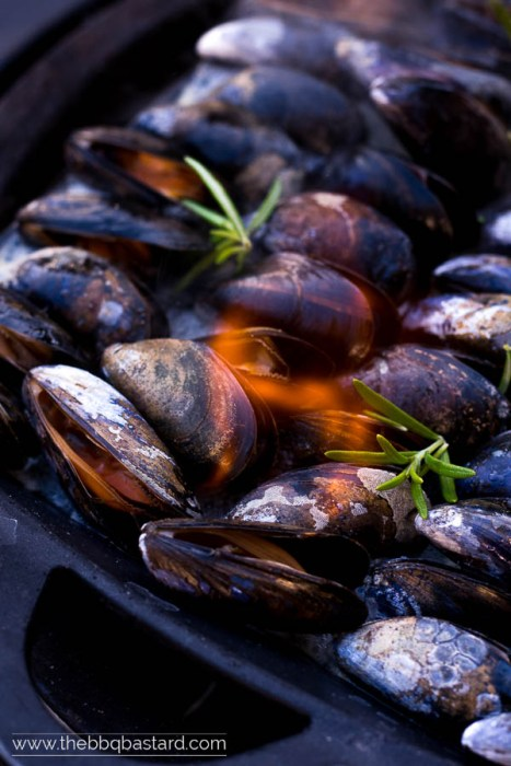 Pernod Flambéed mussels