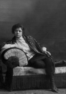 Anonymous photographer and model. Russia, early 20th century.