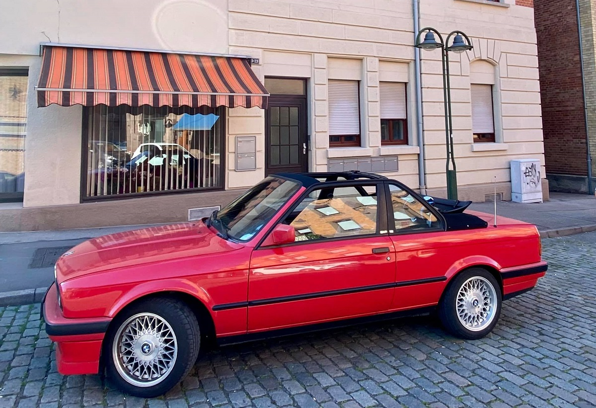 Photo of Baur BMW E30 Top Down - Kris Looney