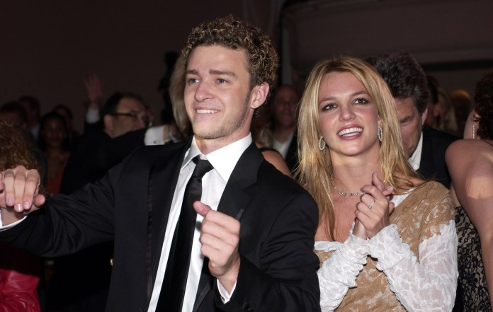 """SNL' criticises Justin Timberlake for """"20 years late"""" Britney apology"""