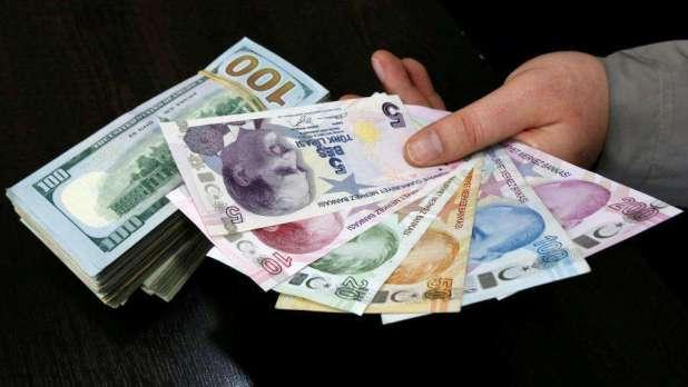 انخفاض سعر الليرة التركية أمام الدولار الأمريكي