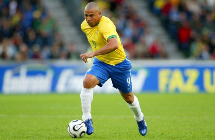 أفضل 20 لاعب كرة قدم في التاريخ بحسب موقع imdb