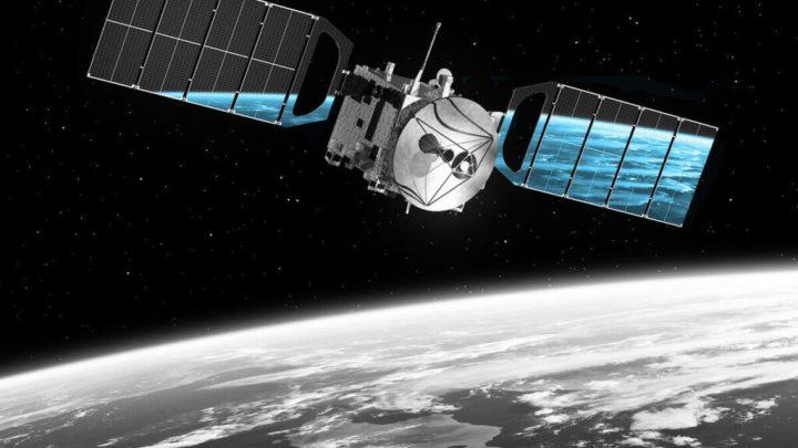 """Спутник-шпигун РФ рухнув на Землю – яскраве падіння """"Космос – 2551"""" спостерігала половина Америки"""