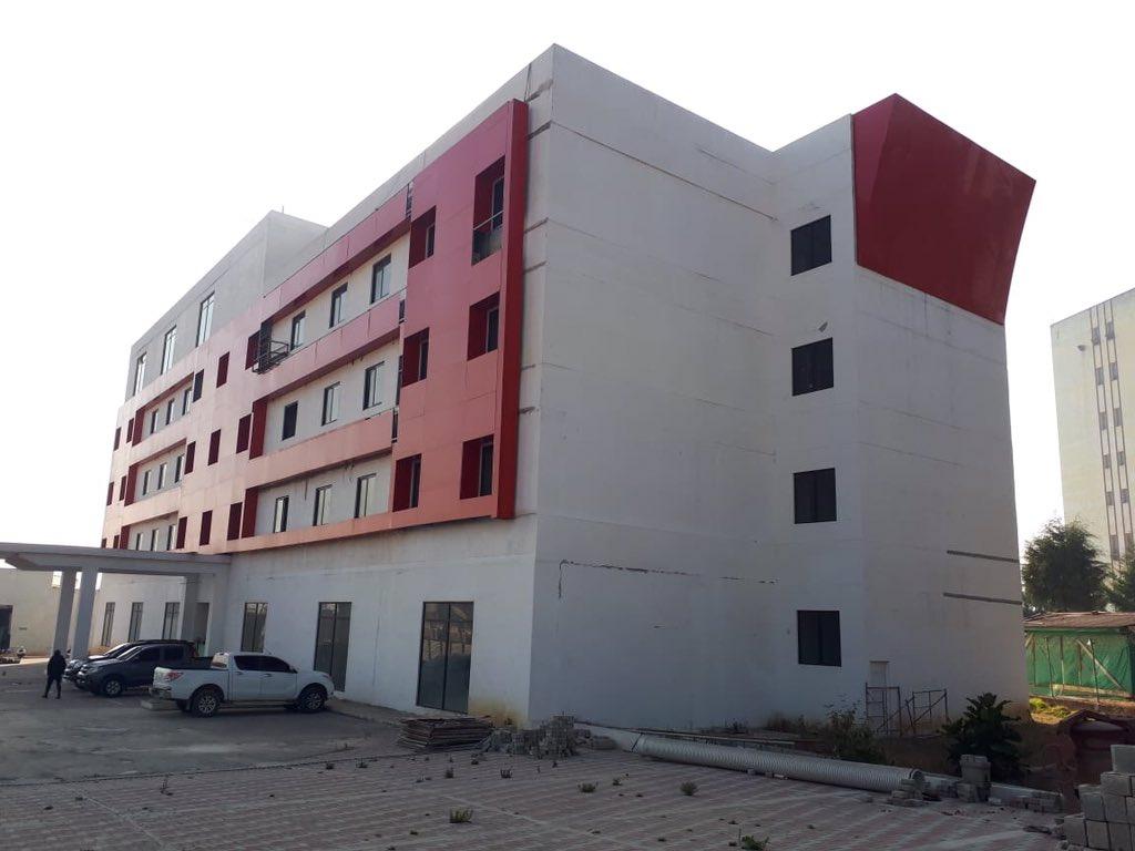 El hotel de Baldizón o un intento de hospital rechazado por el Ejecutivo