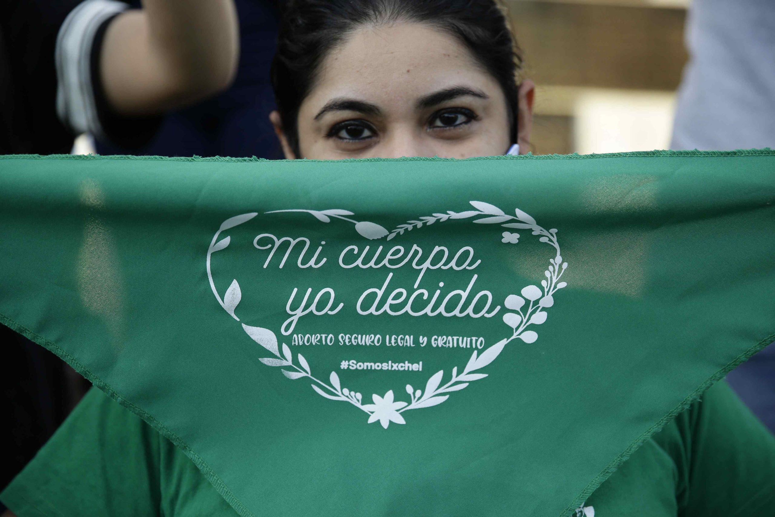 Activistas salvadoreñas llaman a ver el aborto como tema de salud pública