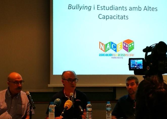Acto de presentación del informa sobre bullying en alumnos con altas capacidades