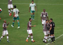 HOME-Fluminense-Palmeiras-Brasil-SergioLANCEPress_LANIMA20151022_0042_1