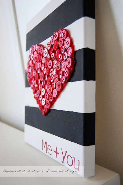 Button burlap heart - 25+ Valentine's Day Home Decor Ideas - NoBiggie.net