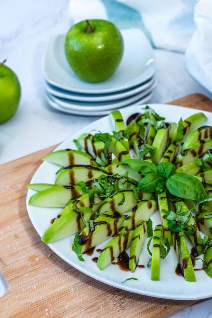 Green Apples Basil Bites