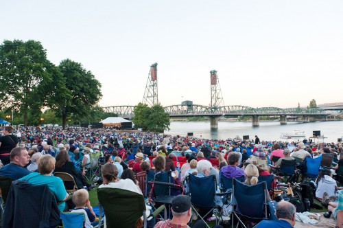 Oregon Symphony Waterfront Concert | Photo: http://www.flickr.com/photos/johnjoh/