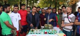 বাংলাদেশ ইলেভেন স্টার ফুটবল ক্লাব ফ্রান্সের উদ্যোগে চ্যারিটি ফুটবল টুর্নামেন্টে অনুষ্ঠিত