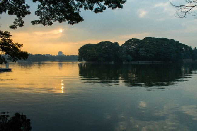 Ulsoor Lake - places for pre wedding photoshoot in bangalore
