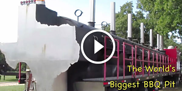 The Biggest Grill On Wheels Is On Sale! IT CAN ROAST 4 ...