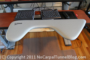 Ergonomic Computer Workstations – Sit to Stand Workstation