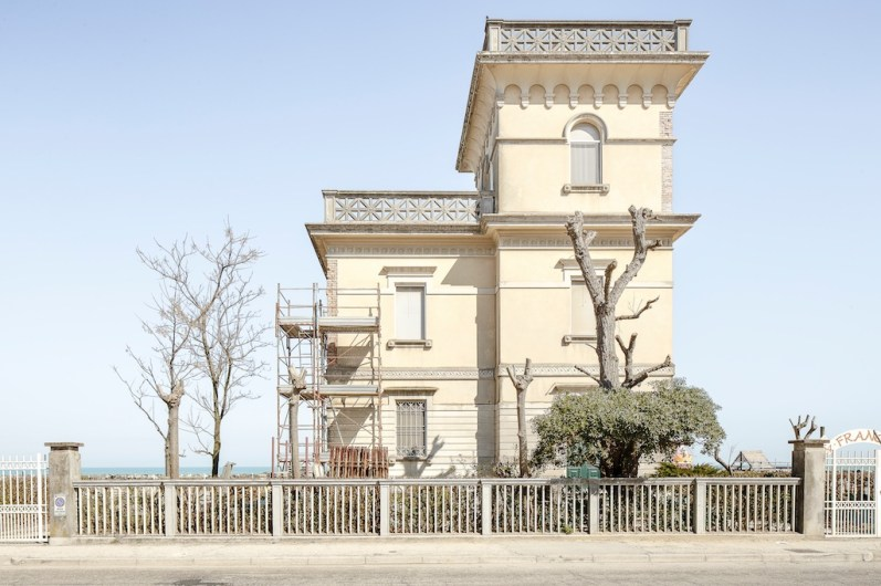© Ivan Ciappelloni. Rimini – Chiuso per ferie