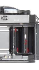30-fm3a-caricamento-pellicola-3