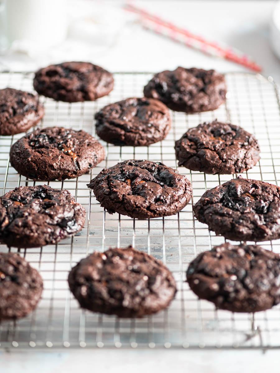 dark chocolate cherry brookies (brownie cookies) on cooling rack
