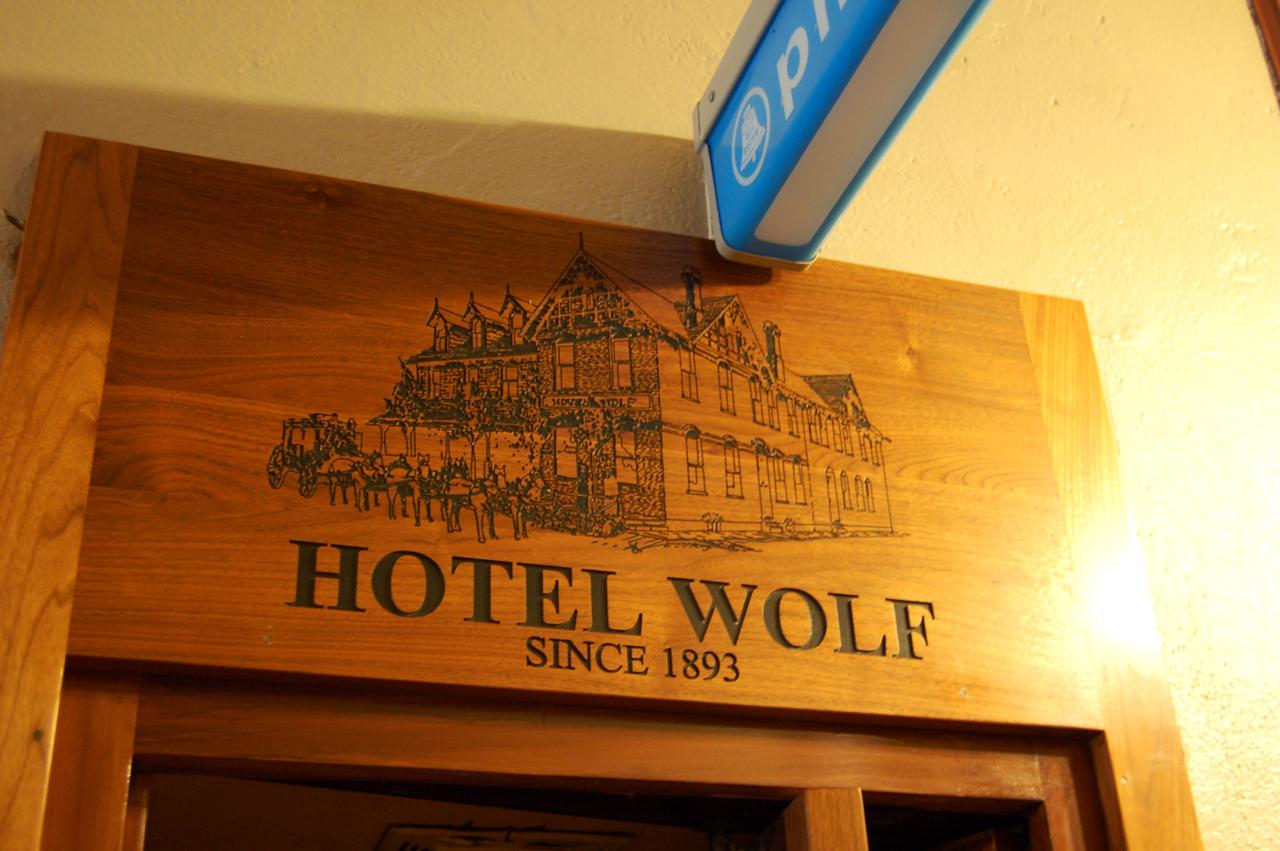Hotel Wolf: Saratoga, WY