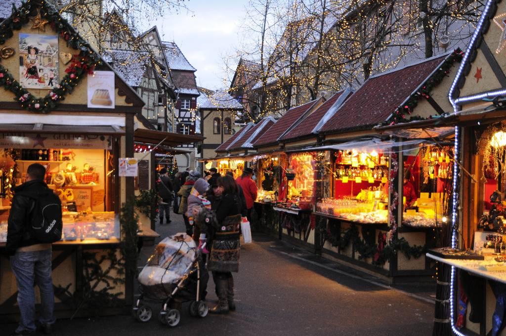 colmar marché de noel 2018 photos Marché de Noël de Colmar   Le châtaignier Wach colmar marché de noel 2018 photos