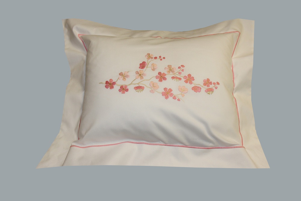 fleur de pommier pillow case