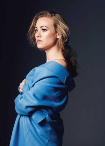 Yvonne-Strahovski-Jones-Magazine-photoshoot-2018-04