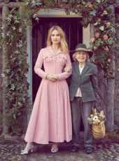 Lily-James-Harper's-Bazaar-UK-April-201800002