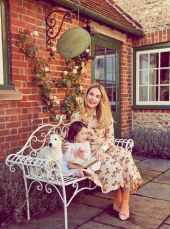 Lily-James-Harper's-Bazaar-UK-April-201800004