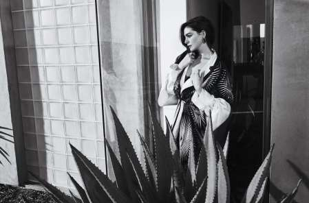 Anne-Hathaway-Town-Country-February-02