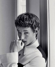 ddie Redmayne - Photoshoot by Giampaolo Sgura03