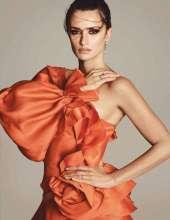 Penelope-Cruz-in-Vogue-Magazine-14