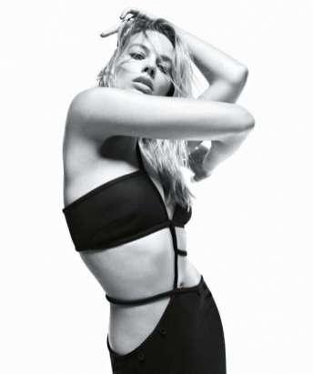 Margot Robbie in Vogue Australia 10