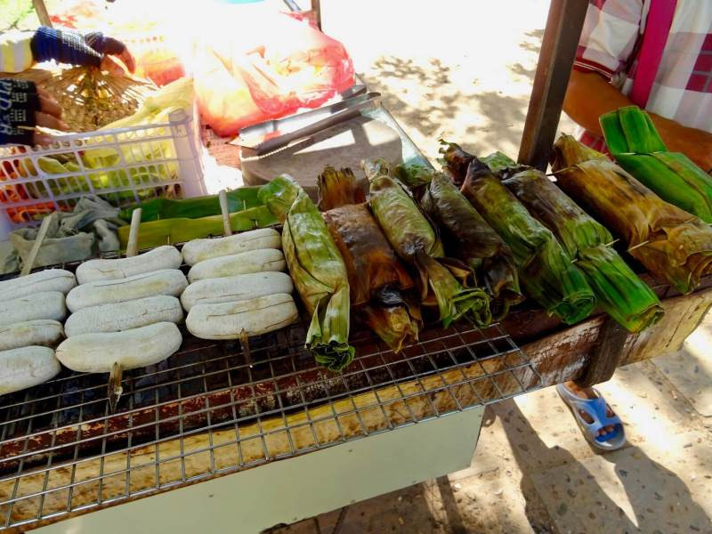 grilled bananas vegan street food in Siem reap