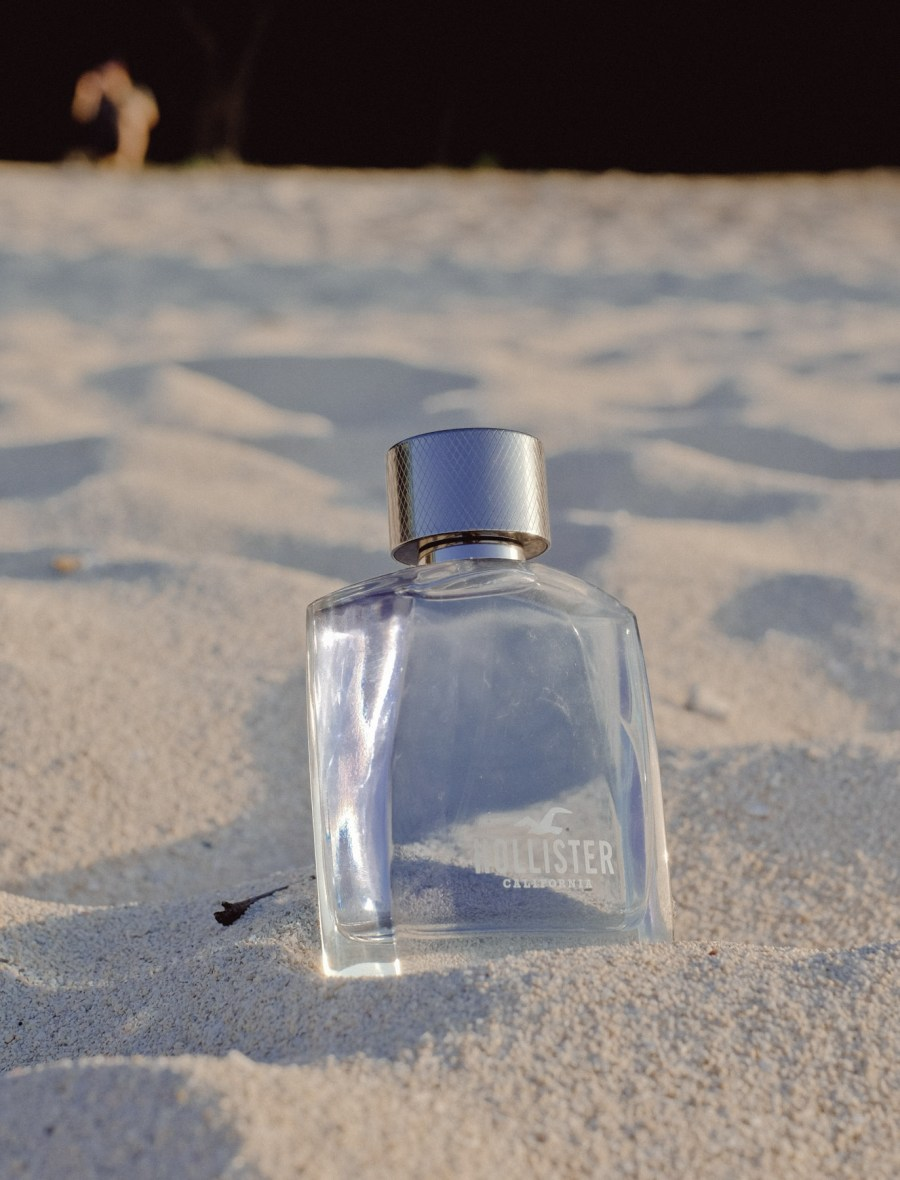 HOLLISTER WAVE SCENTS AND BEAUTE (8 of 11)