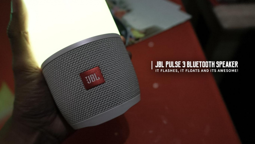 This JBL Speaker Flashes and Floats! (JBL Pulse 3 Bluetooth speaker)
