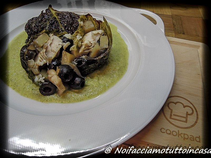 Involtini di verza con Nasello, Patate e olive nere
