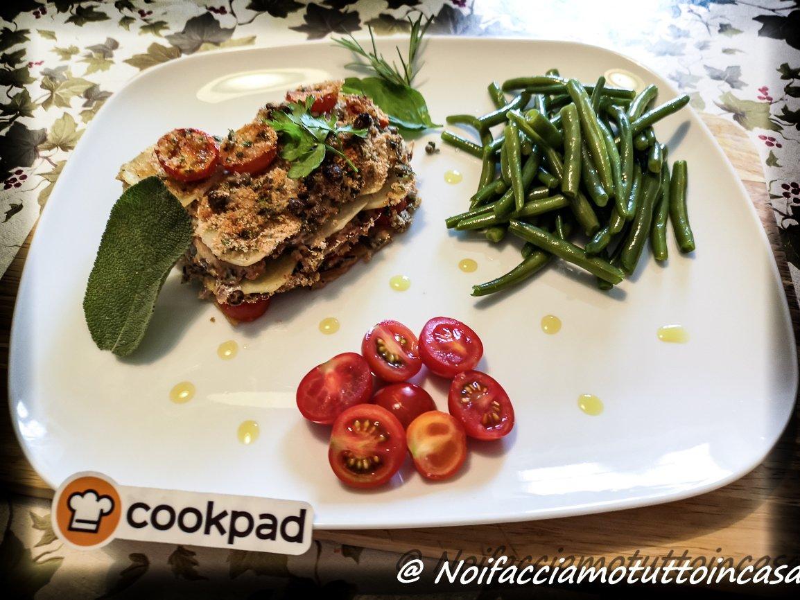 Lasagna di Sarde, Patate e Pomodorini al profumo di  erbe aromatiche